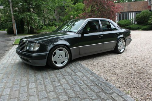 The Original Super Sedan The Mercedes 500E - Auto-Fanatic