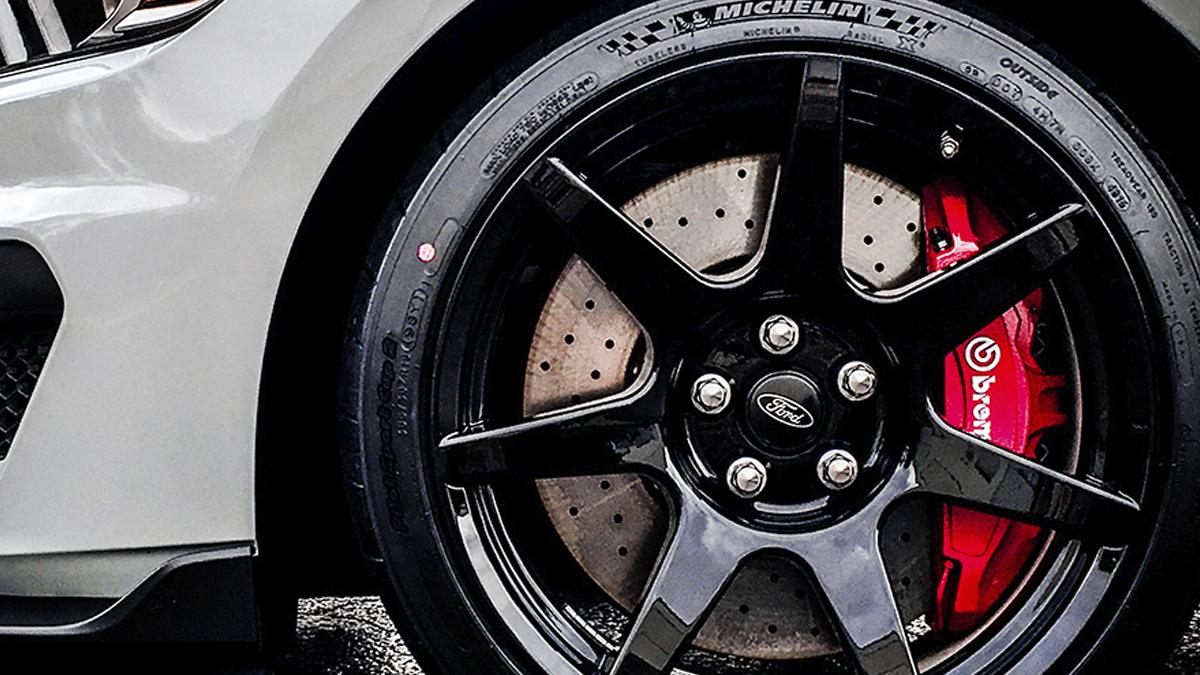 Shelby Gt350 Custom Brembo Brake Calipers Inquire Auto